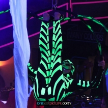 photo_mcwonderland_goes_neon_glow_onelastpicture.com31