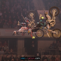 foto_night_of_the_jumps_onelastpicture.com15
